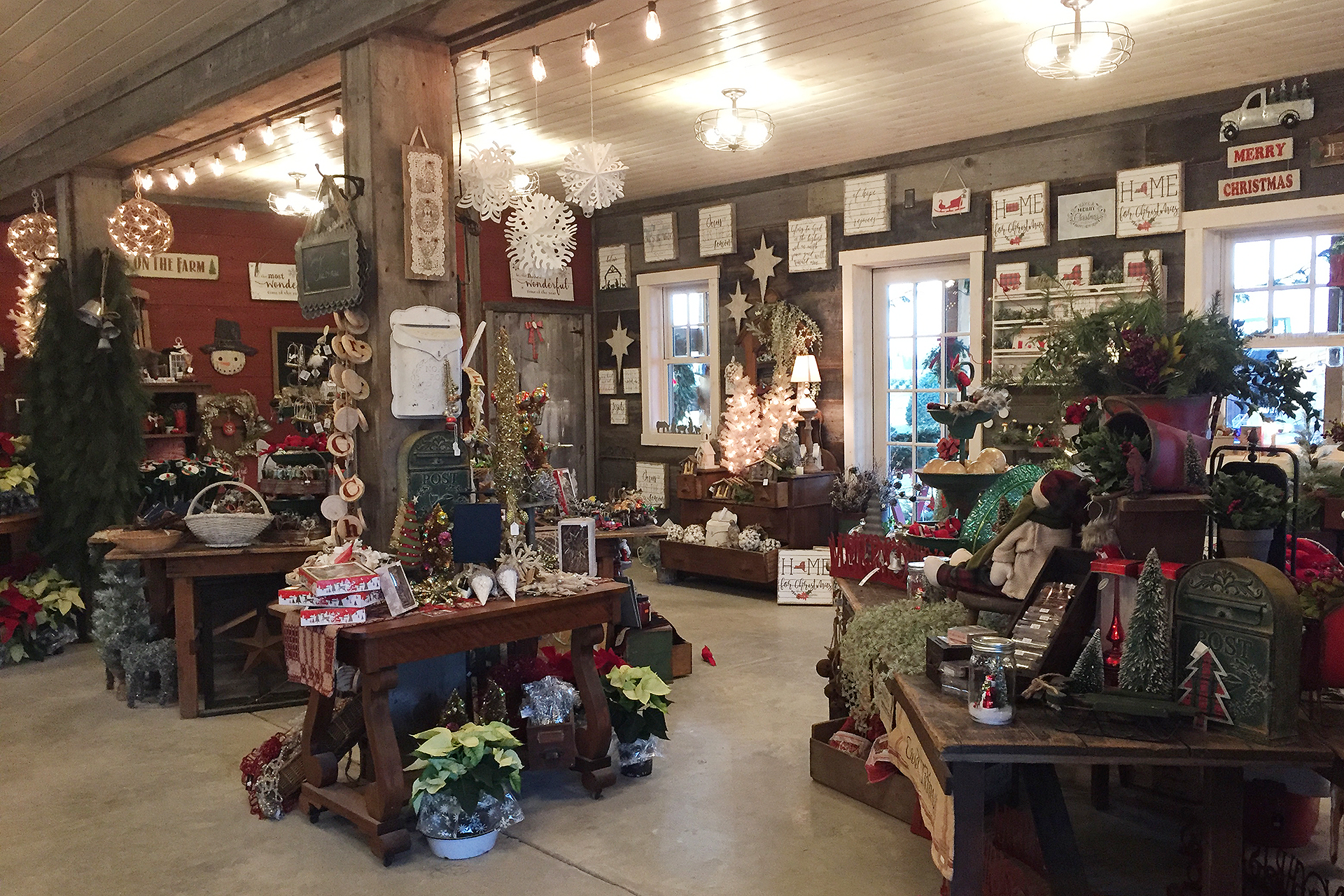 Old time Christmas shop